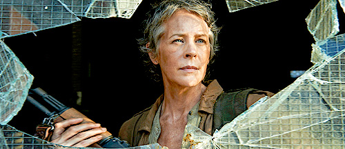 carol-walking-dead-season-51
